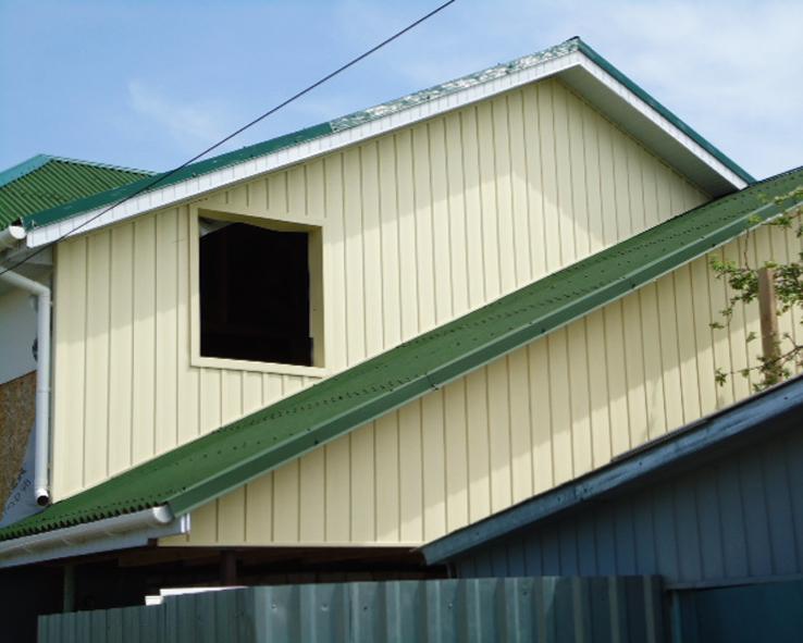 Отделка металлосайдингом вертикально балконы.
